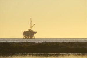 Drill Site Oil Platform CC Flikr Damian Gadal